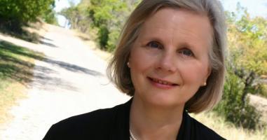 Pot femeile să fie slujitoare (cu rang de conducere) în biserică?